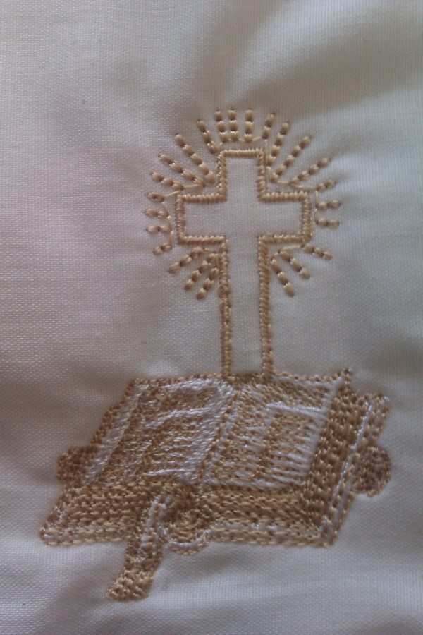 Stole bible and cross embroidered
