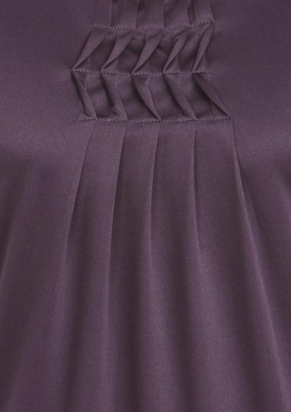 Deco Pleat Knit Top Detail
