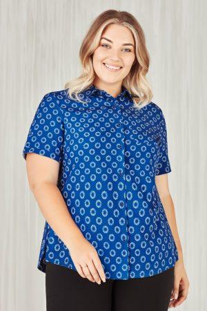 Women's Easy Stretch Daisy Print Short Sleeve Shirt